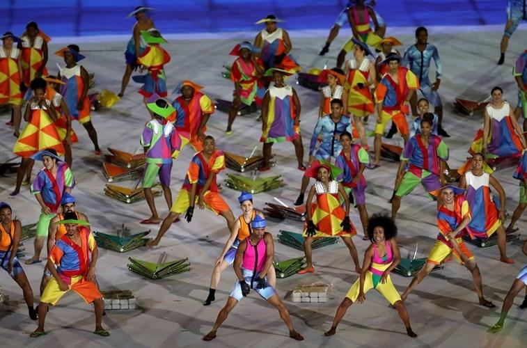Anh an tuong cua doan TTVN tai khai mac Paralympic Rio 2016-Hinh-11