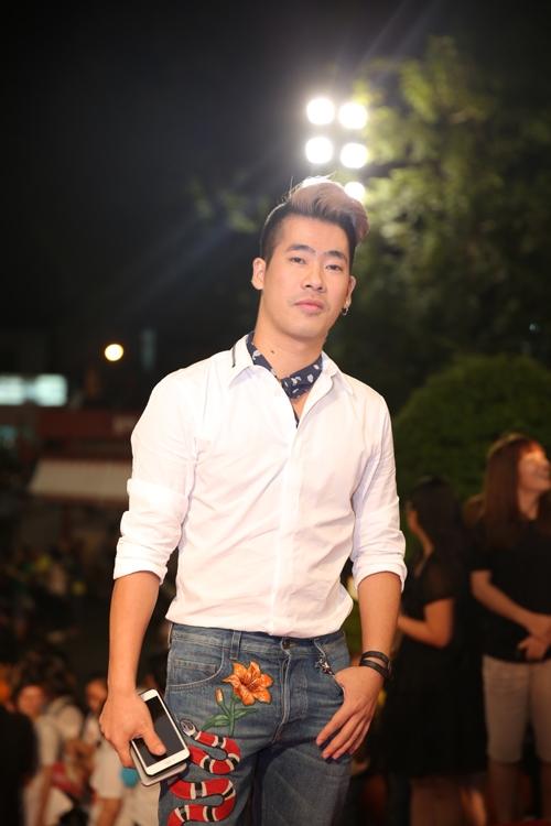Stylist Travis Nguyễn.