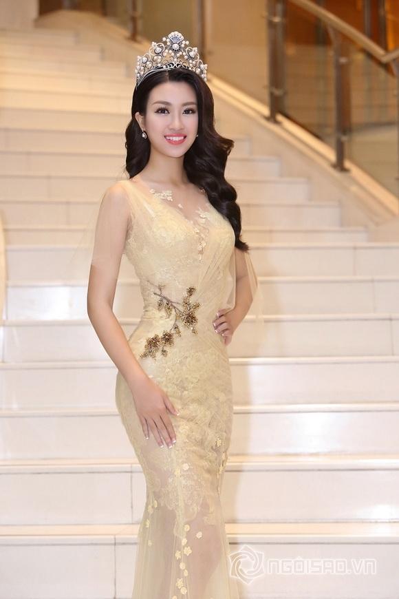 Hoa hậu Mỹ Linh rạng rỡ 8