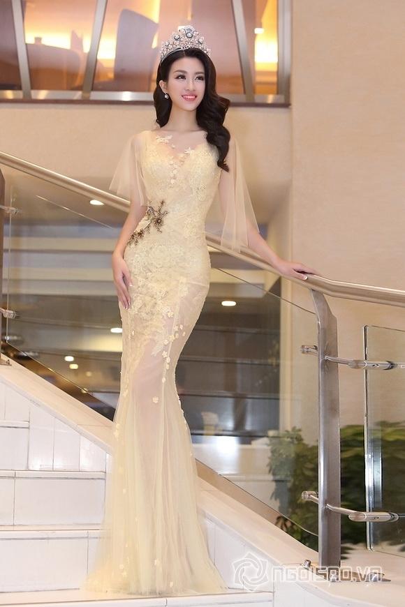 Hoa hậu Mỹ Linh rạng rỡ 1