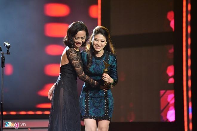 Nha Phuong, Truong Giang cung thang giai VTV Awards hinh anh 5