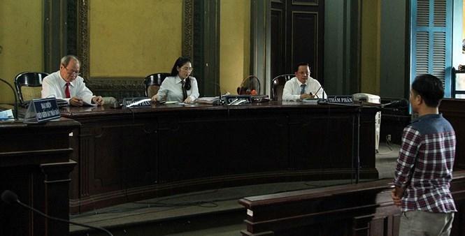 Bị cáo Minh tại phiên tòa phúc thẩm vụ án 'con ruồi trong chai Number One' /// Ảnh: Đào Ngọc Thạch