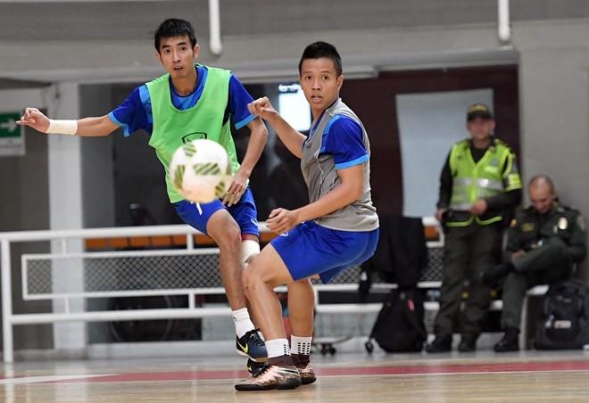 Tuyen futsal Viet Nam duoc an ngon tai Colombia hinh anh 5