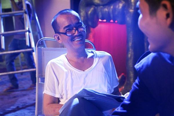 Mặc dù trong thời gian tham gia quay hình sức khỏe của Minh Thuận đã có dấu hiệu suy yếu do các triệu chứng dị ứng ngoài da nhưng anh vẫn cố gắng hoàn thành tốt các cảnh quay nhất là những cảnh hành động.