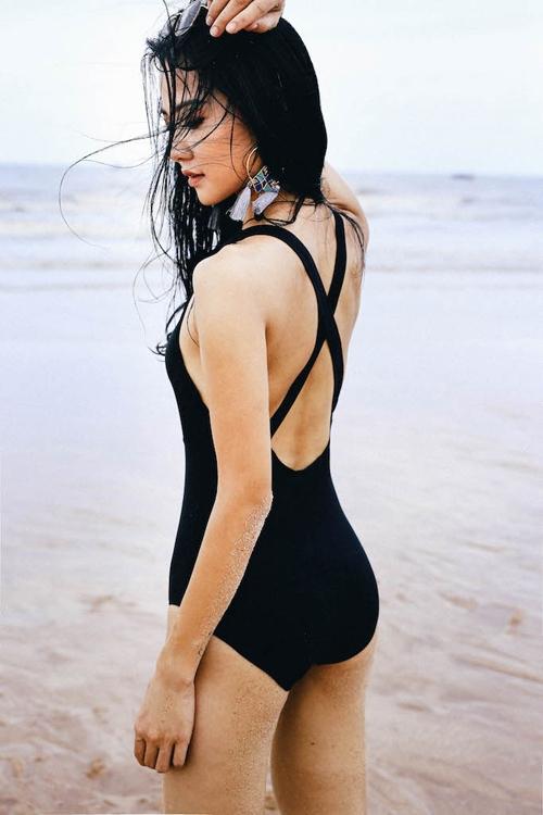 hoa-hau-tran-thi-quynh-khoe-anh-mac-bikini-hiem-hoi-8