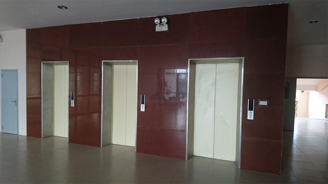 3 thang máy của tòa nhà CC2 đã dừng hoạt động gần 30 ngày.