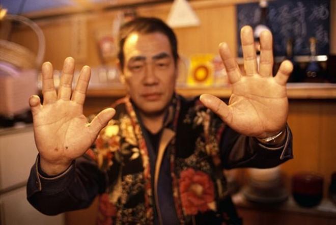 Nhung ban tay thieu ngon trong gioi yakuza hinh anh 7