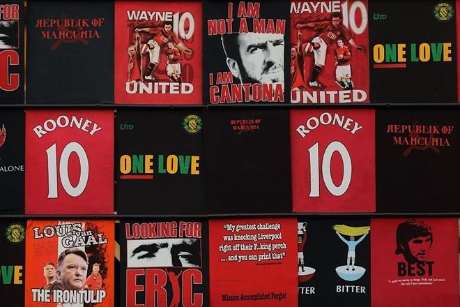 Quen Mourinho va Pep di, derby la cua Rooney hinh anh 2