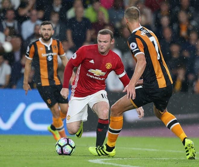Quen Mourinho va Pep di, derby la cua Rooney hinh anh 3