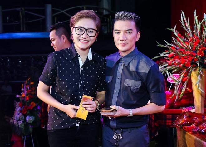Dam Vinh Hung lan dau chu tri le gio To o san khau hinh anh 11