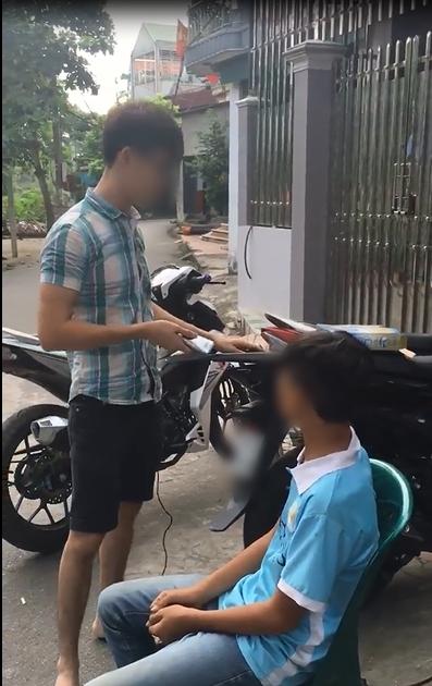Clip: Hài hước nam thanh niên đi ăn trộm không bị đánh mà còn được... cắt tóc miễn phí - Ảnh 3.