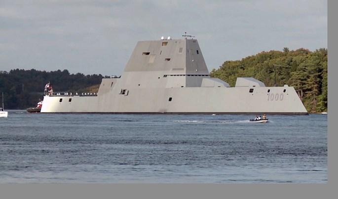 Khu trục hạm tàng hình Mỹ vượt biển 3 tháng đến nhà mới - ảnh 4