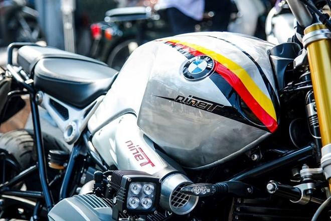 BMW R nineT son tem co Duc cua biker Sai Gon hinh anh 3