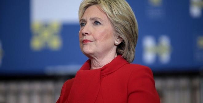 Điểm mặt những ứng viên có thể thay thế bà Clinton