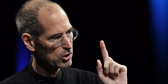 Steve Jobs giai thich ly do Apple bo cac tinh nang iPhone hinh anh 1