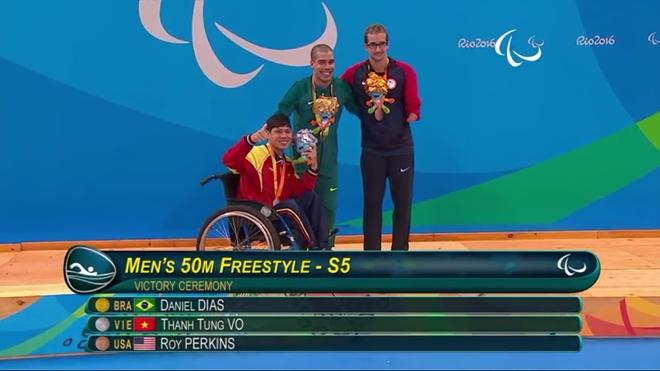 Bo truong thuong nong 2 VDV gianh huy chuong Paralympics hinh anh 1
