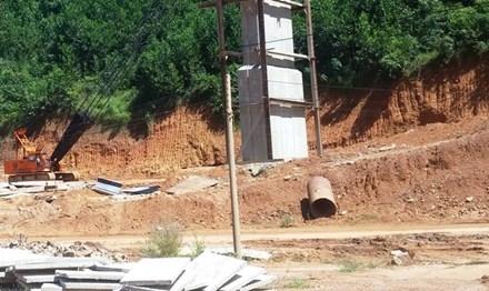 Công trình xây dựng giao thông đang triển khai tại xã Hương Lộc, huyện miền núi Nam Đông, tỉnh TT-Huế. Ảnh mang tính minh họa.