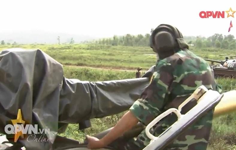 Muc so thi dan tang T-54 Viet Nam hung dung na phao-Hinh-2