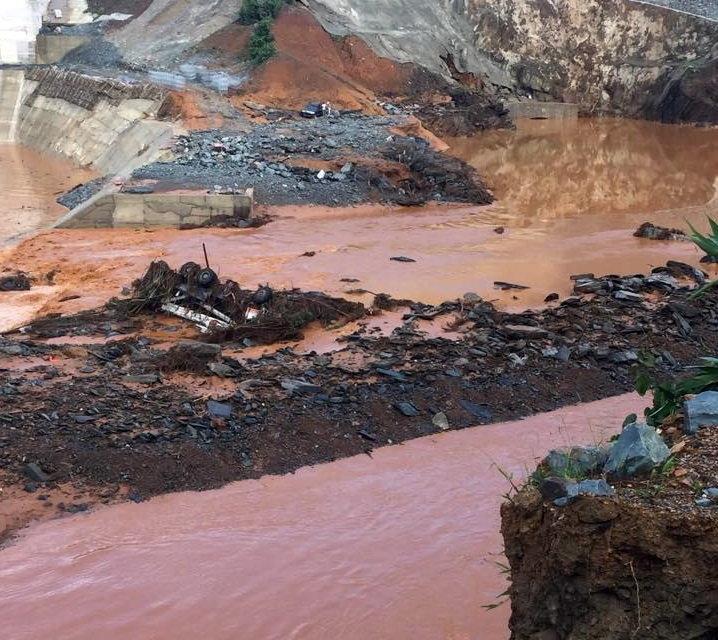 Đặc công tìm nạn nhân vụ vỡ đường dẫn thủy điện Sông Bung 2