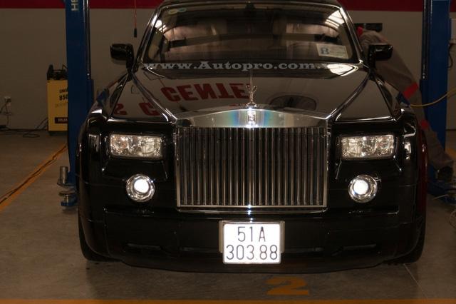 Rolls-Royce Phantom...