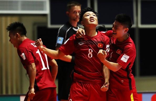 Tuyển futsal Việt Nam khiến bại tướng Guatemala tụt 9 bậc trên bảng xếp hạng futsal thế giới.