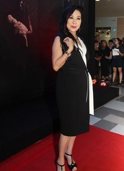 Nghệ sĩ Ưu tú Kim Xuân góp một vai phụ trong phim.