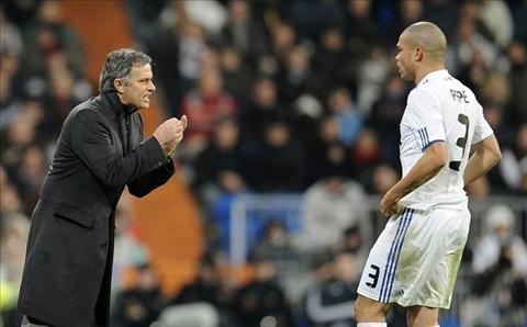 Pepe Mourinho la mot ga deu hinh anh