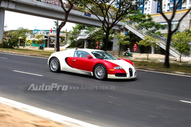 Về tốc độ, Bugatti Veyron vẫn ở chiếu trên so với Pagani Huayra.