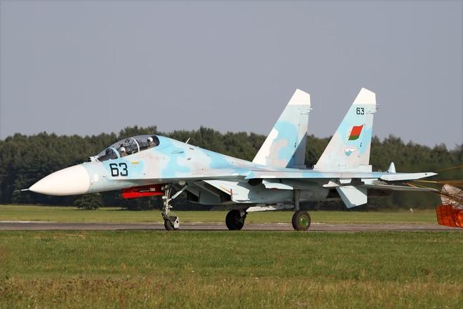Mỏ vàng tiêm kích Su-27 đang chờ những nước nghèo tới khai thác - Ảnh 1.