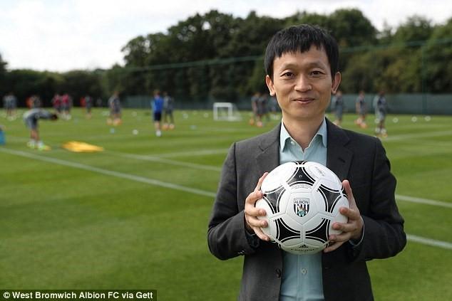 Nguoi Trung Quoc thau tom hai doi bong Premier League hinh anh 1