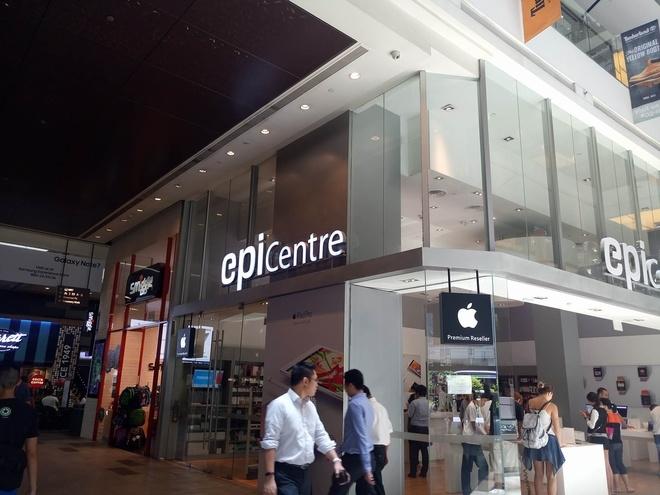 Người Việt dính vào lộn xộn khi xếp hàng chờ iPhone 7 ở Singapore
