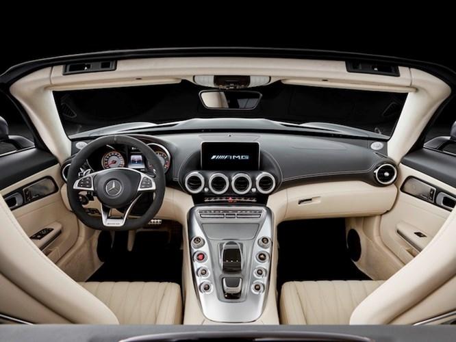 """Mercedes """"show hang"""" sieu xe mui tran AMG GT Roadster-Hinh-4"""