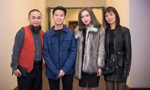 Gia đình Xuân Hinh gồm anh, con trai Xuân Quang, con gái Bảo Linh và vợ là Nguyễn Phương Lan.