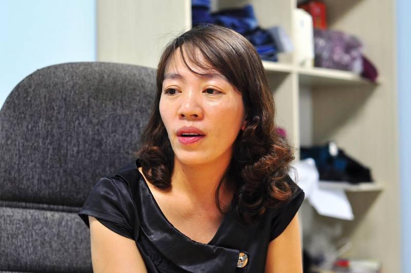 nữ tài xế, cố thủ trên xe, CSGT Đồng Nai, vi phạm luật