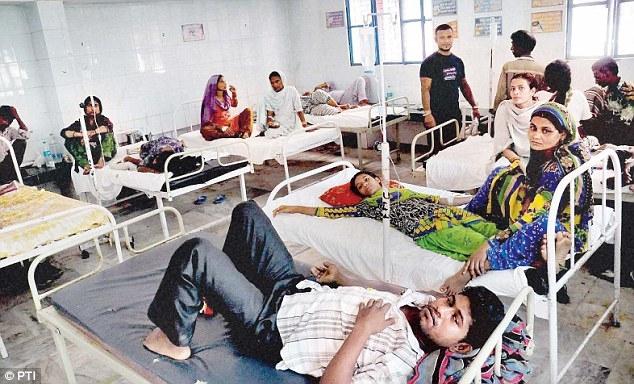 Phải đem xác vợ lang thang suốt 5 tiếng vì bệnh viện gây khó dễ - Ảnh 1.