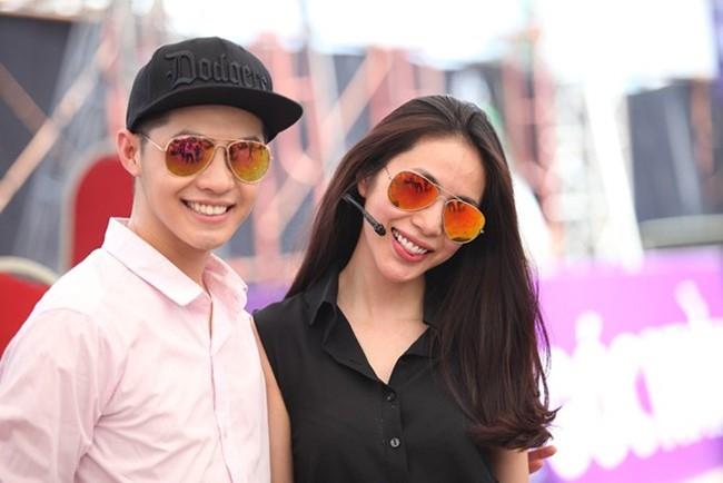 Noo Phuoc Thinh: 'Showbiz nay cha ai man ma voi ai' hinh anh 3