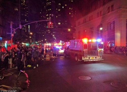 Hiện trường tan hoang vụ nổ bom rung chuyển ở New York - ảnh 3