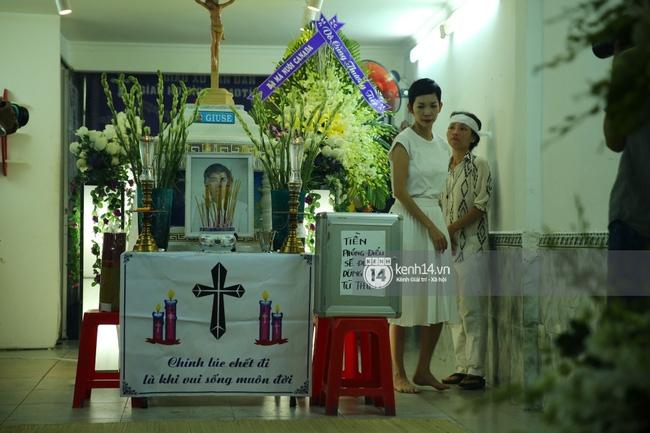 Sao Việt đau buồn đến viếng tang lễ nghệ sĩ Minh Thuận - Ảnh 5.