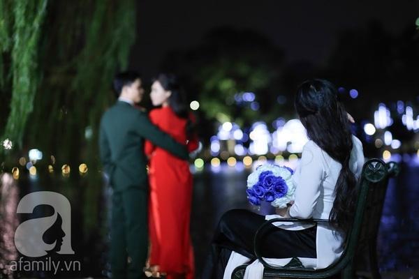 bi hài chuyện mùa cưới ở Hà Nội: 1 mét vuông chục cô dâu tranh nhau chụp ảnh