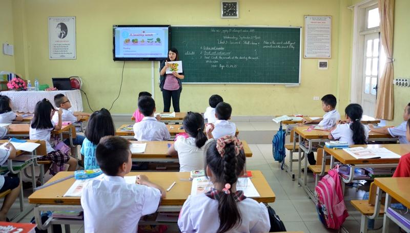 Image result for Bộ Giáo dục thí điểm dạy tiếng Nga, Trung Quốc