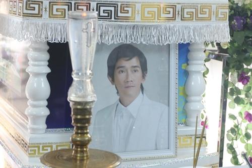 Di ảnh Minh Thuận tại tang lễ. Ảnh: M.N.