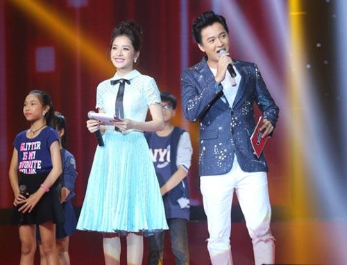 Chi Pu bị chê là MC thảm hoạ tại The Voice Kids - 1