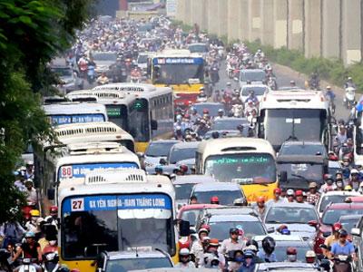 Chuyên gia: Học Trung Quốc để hạn chế xe ngoại tỉnh vào Hà Nội