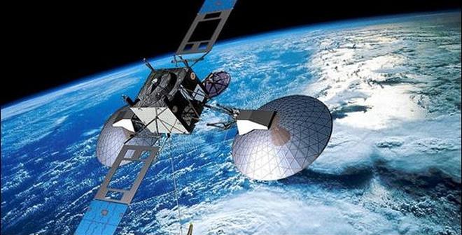 Báo Nhật: VN là quốc gia đầu tiên mua vệ tinh quân sự của Nhật