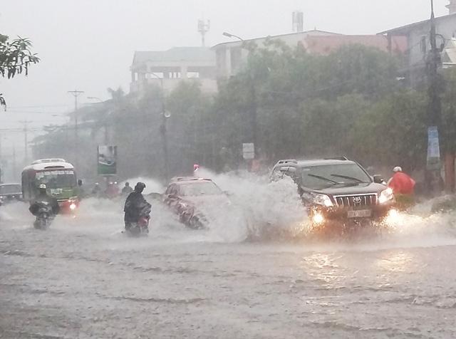 Đêm mai, 20/9, các tỉnh từ Nghệ An đến Quảng Ngãi có mưa vừa, mưa to đến rất to (Ảnh minh họa: Hoàng Lam).