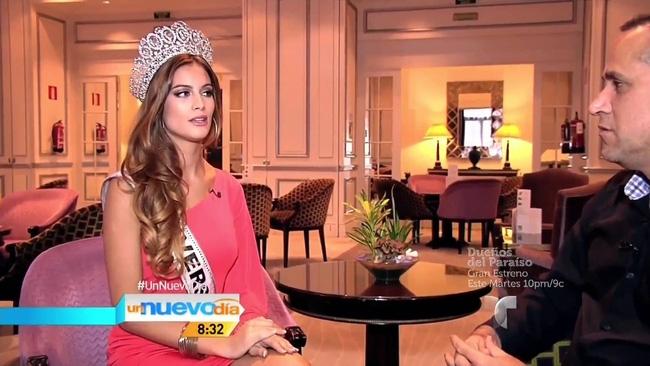 Hoa hậu hoàn vũ Tây Ban Nha dọn về ở chung nhà với Ronaldo? - Ảnh 2.