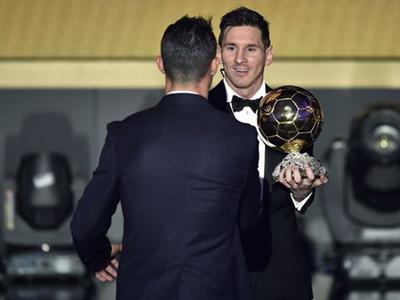 Bầu chọn Quả bóng vàng thay đổi sẽ khiến Messi và Ronaldo hết thời?