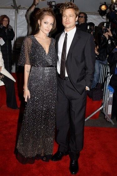Brad Pitt - Angelina Jolie: Bieu tuong thoi trang Hollywood hinh anh 5