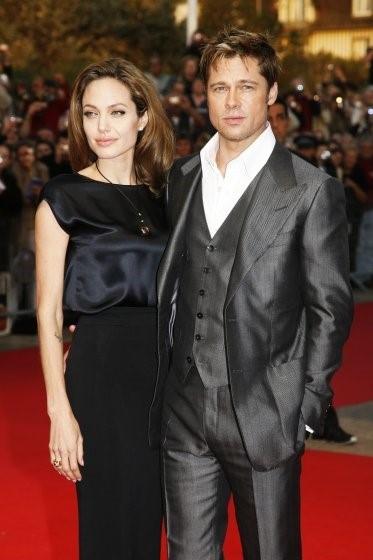 Brad Pitt - Angelina Jolie: Bieu tuong thoi trang Hollywood hinh anh 7