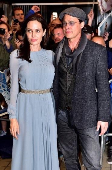 Brad Pitt - Angelina Jolie: Bieu tuong thoi trang Hollywood hinh anh 15